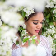 bride, greenery, makeup, makeup