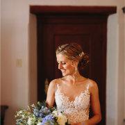 bouquets, bride, hair