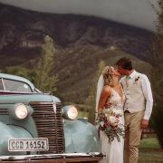 bouquet, car, kiss, kiss, kiss